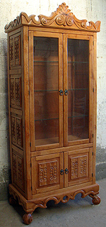 Old World Curio Cabinet, Sutherland